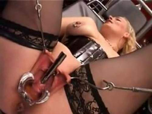 Homemade bdsm video – peehole loose, stretching and speculum pussy - pussy stretching, bdsm
