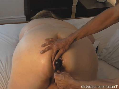 Inflatable dildo penetration in asshole bbw wife homemade - pussy fisting, busty girl