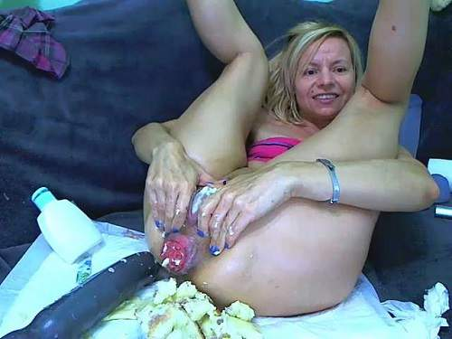 Extremely food porn to prolapse with dirty russian blonde - webcam, closeup