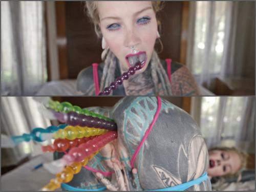 Anuskatzz tattoo teen pussy anal masturbation with many toys - double dildo, closeup