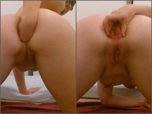 Masked camgirl squrit during dildo sex and prolapse stretching - dildo porn, dildo anal