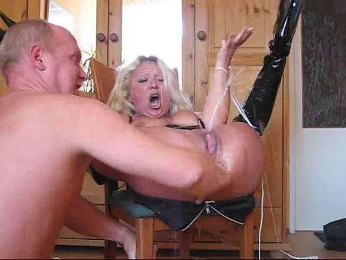 Extrem tiefe Anal-Insertion