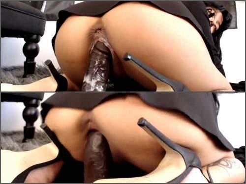 Big brown dildo penetration deep in wet pussy with kinky pornstar - webcam, dildo riding