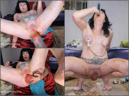 This crazy MILF show best fetishes porn for you! Scat prolapse, fisting and many dildos - solo scat, deep throat