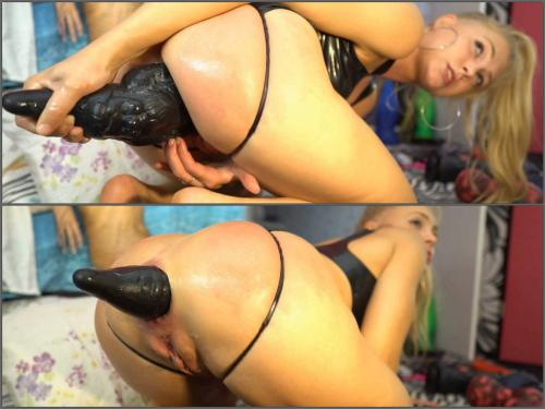 Huge rubber gnome fully penetration in sweet asshole naked blonde camgirl - close up, webcam