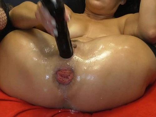 Large labia MILF BIackangel closeup wet anal rosebutt terror with rubber dildo - mature anal, huge dildo
